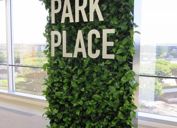 living-wall-park-place