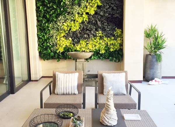 Loggia Living Wall